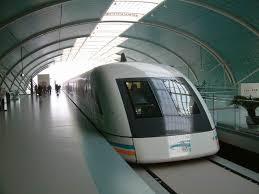shanghai.maglev-head-in.station.jpg