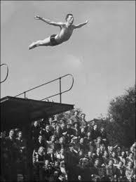 Ken Spirit swallow dives at