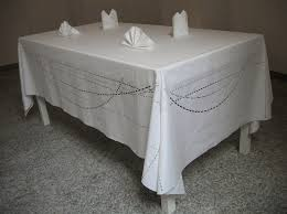 Table cloth suitable for
